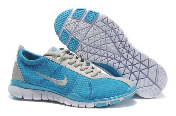 quality design 92f22 d531d Nike Free TR Twist Chaussures de Training Pour Homme Bleu Clair Gris Blanc